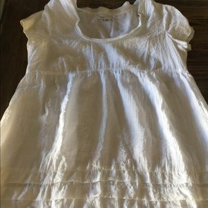 VINCE white top baby-doll ruffles